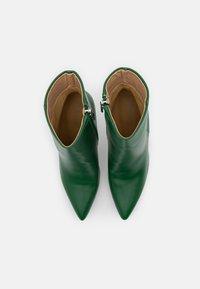BEBO - ALYSE - Støvletter - green - 5