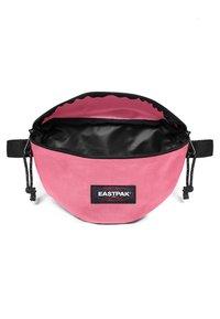 Eastpak - SPRINGER DECEMBER SEASONALS - Bum bag - starfish pink - 2