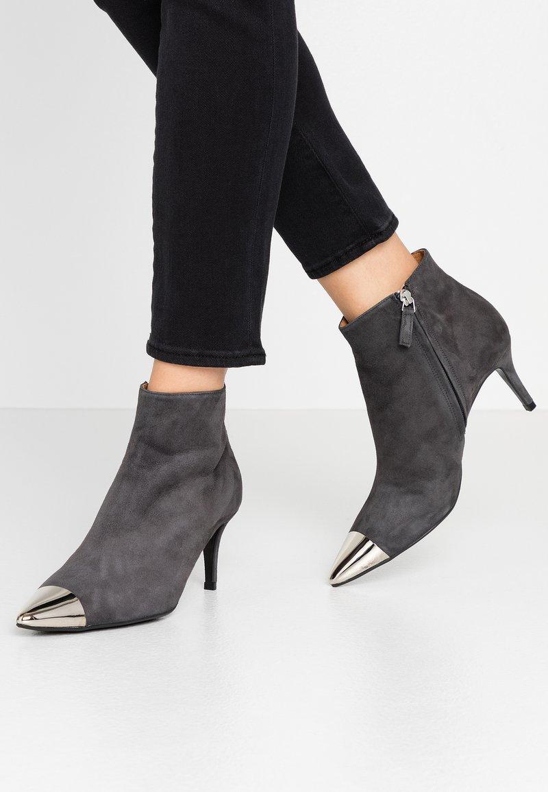 Billi Bi - Ankle boots - grey