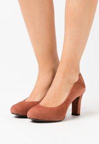 Unisa - NUMIS - Platform heels - tiffany - 0