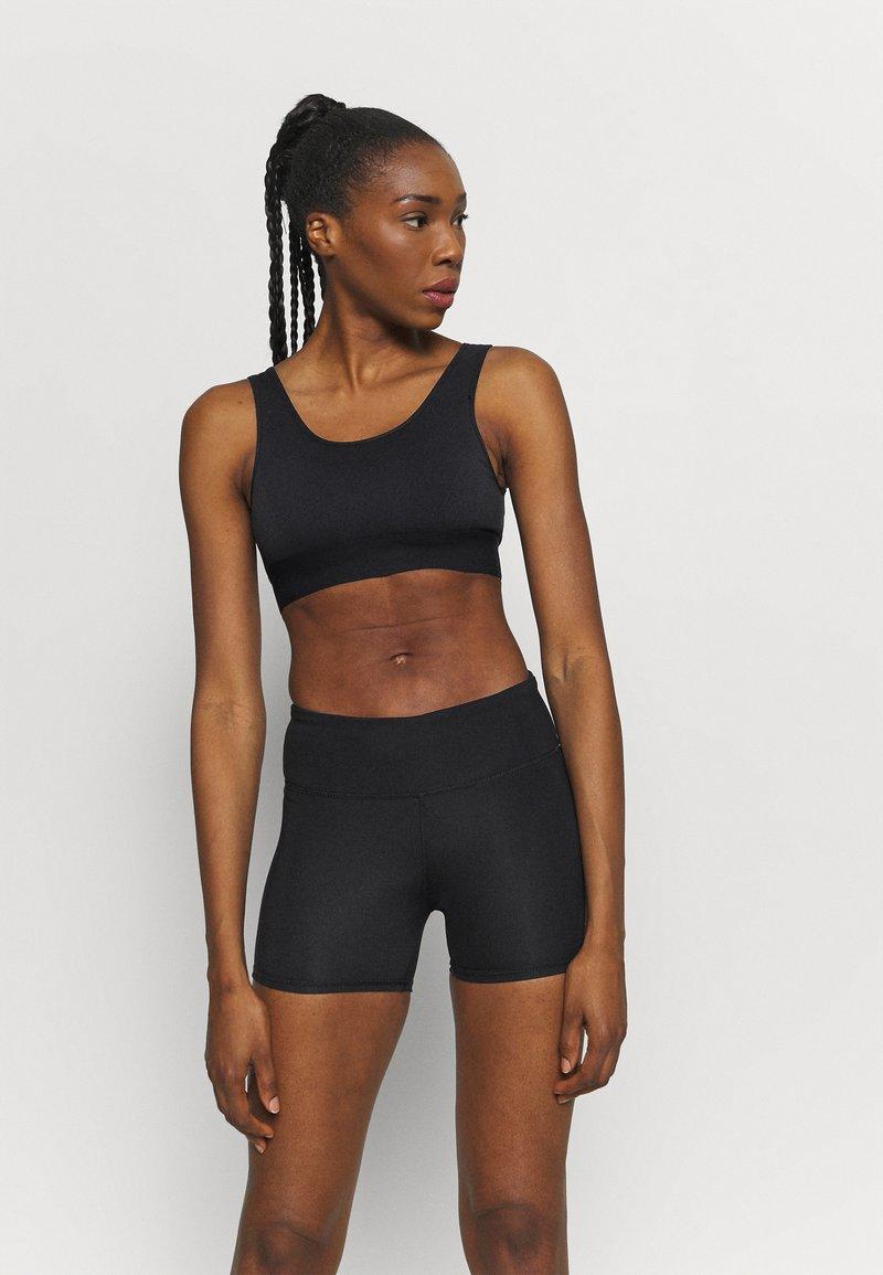 Etam - LAUREEN BRASSIERE - Light support sports bra - noir