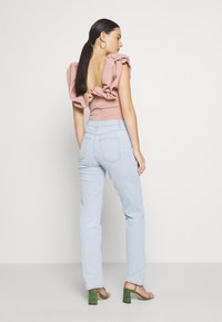 Cotton On - HIGH STRETCH - Straight leg jeans - light-blue denim - 2