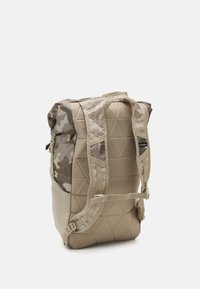 Columbia - TANDEM TRAIL™ 22L BACKPACK UNISEX - Rugzak - ancient fossil - 2