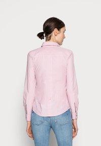 Tommy Hilfiger - REGULAR SHIRT - Button-down blouse - pink - 2