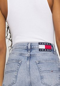 Tommy Jeans - ULTRA WIDE LEG - Relaxed fit jeans - light blue denim - 3
