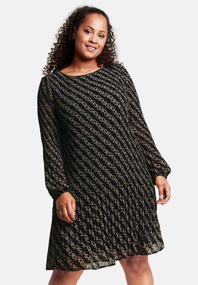 MIT KETTEN-PRINT - Robe d'été - black gemustert