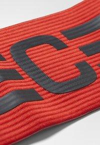 adidas Performance - FOOTBALL CAPTAIN'S ARMBAND - Accessoires - Overig - scarlet/dark grey - 4