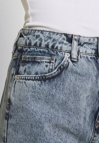 BDG Urban Outfitters - MOM - Jeans straight leg - acid wash blue - 4
