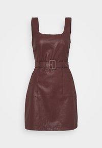 Fashion Union - TAYLA DRESS - Pouzdrové šaty - brow - 5