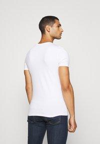 Scotch & Soda - 2 PACK - T-shirt basic - white - 3