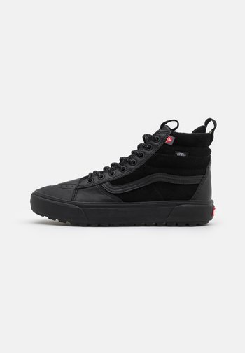 SK8-HI MTE 2 UNISEX - Höga sneakers - black