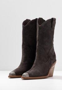 Bronx - NEW KOLE - High heeled boots - asphalt - 4