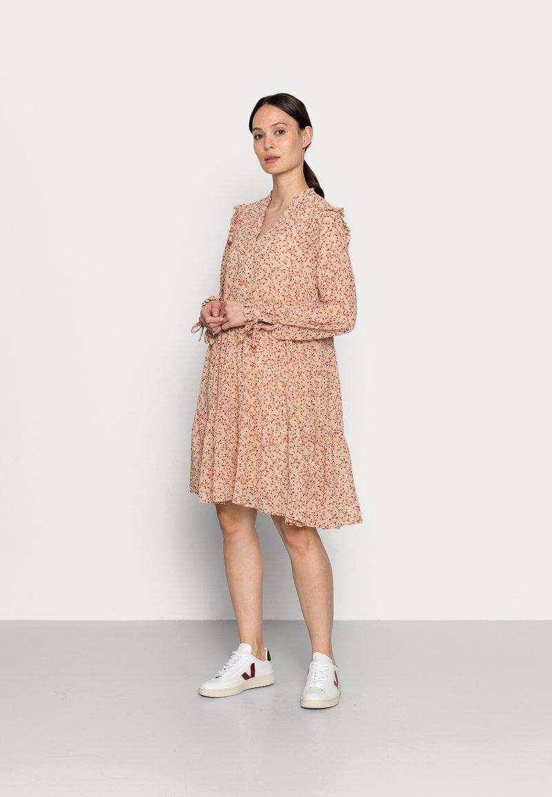 Rosemunde - DRESS - Shirt dress - pure sand