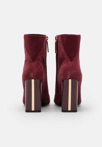 River Island - Kotníková obuv na vysokém podpatku - red dark - 3