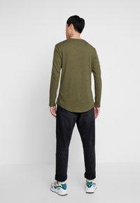 Pier One - Långärmad tröja - khaki - 2