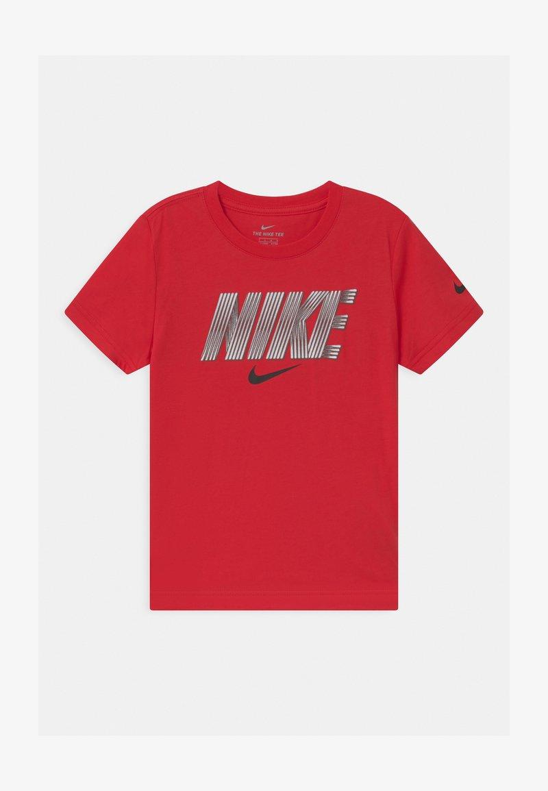 Nike Sportswear - BLOCK LINES  - Print T-shirt - university red