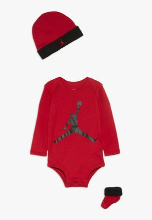 JUMPMAN BOOTIE SET  - Baby gifts - gym red
