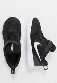 Nike Performance - REVOLUTION 5 UNISEX - Hardloopschoenen neutraal - black/white/anthracite - 0