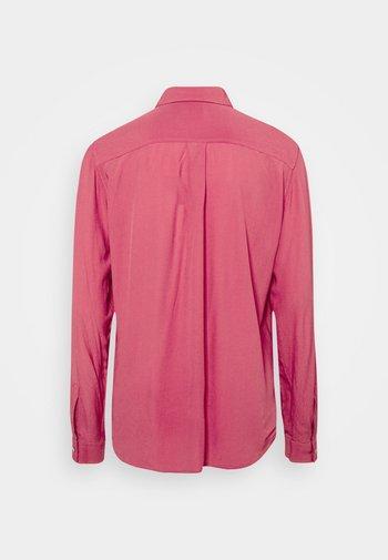 REGULAR FIT - Košile - pink