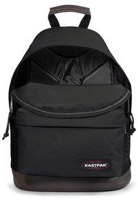 Eastpak - WYOMING - Reppu - black - 6