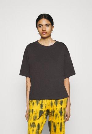 TROOPER FEMALE VALERIA - Print T-shirt - graphite