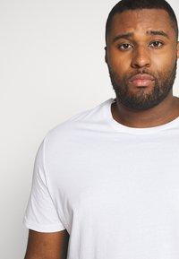 TOM TAILOR MEN PLUS - DOUBLE PACK CREW NECK TEE - Basic T-shirt - white                         white - 4