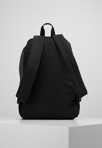 Ellesse - Rucksack - black/charcoal - 2