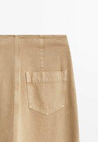 Massimo Dutti - MIT UMGESCHLAGENEM SAUM - Straight leg jeans - nude - 3