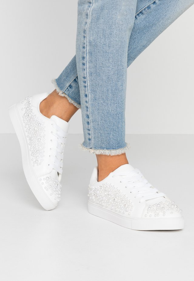 ZEERA - Trainers - white