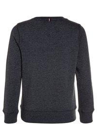 Tommy Hilfiger - BOYS BASIC - Sweatshirt - sky captain - 1