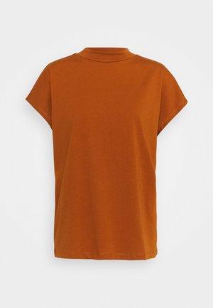 PRIME - Basic T-shirt - red orange