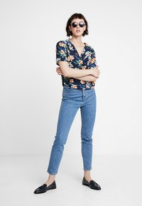 Abercrombie & Fitch - RESORT POCKET TEE - Button-down blouse - navy - 2