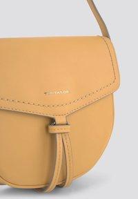 TOM TAILOR - LOTTA  - Across body bag - gelb / yellow - 2