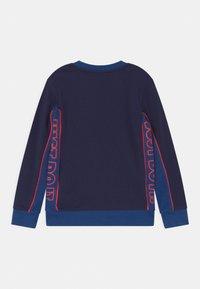 Nike Sportswear - COLOR BLOCKED CREW - Sudadera - blue void - 1