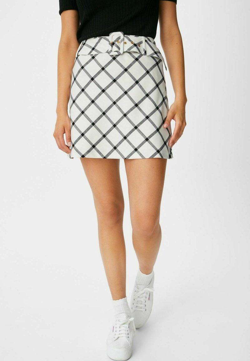 C&A - ARCHIVE - Mini skirt - white / black