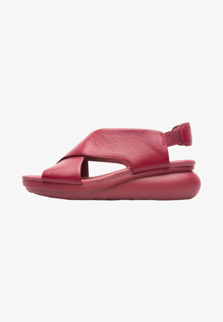 Camper - BALLOON - Sandály na klínu - red