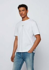 BOSS - TLOVE  - Print T-shirt - natural - 0