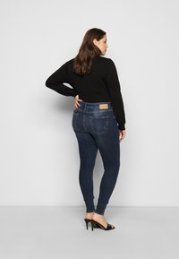 Pieces Curve - PCZELMA  - Jeans Skinny Fit - medium blue denim - 2