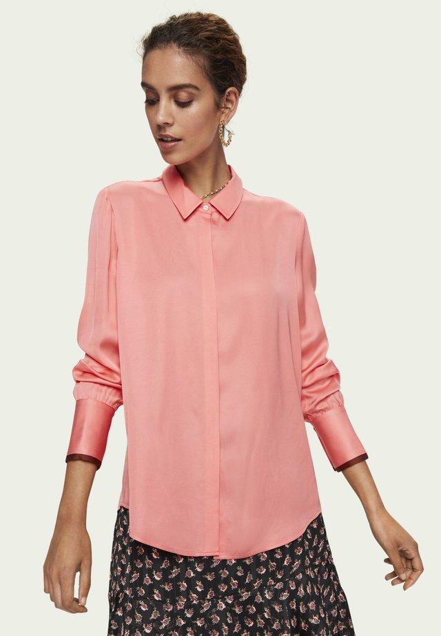 Button-down blouse - folklore pink