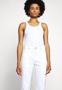 AG Jeans - ISABELLE - Slim fit jeans - retro white - 3