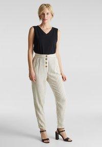 Esprit - PLEATED PANTS - Trousers - sand - 1