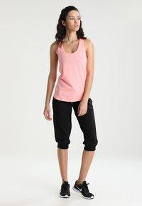 Venice Beach - MAGGY - 3/4 sports trousers - black - 1