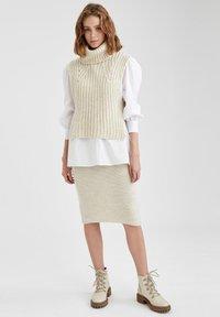 DeFacto - Pencil skirt - beige - 0