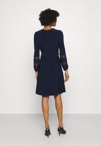 Lauren Ralph Lauren - MID WEIGHT DRESS COMBO - Cocktail dress / Party dress - lighthouse navy - 2
