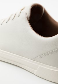 Clarks - COSTA LACE - Sneakers basse - white - 5
