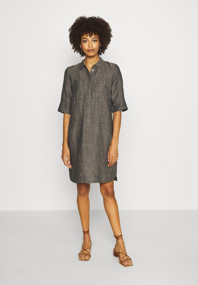 WILLMAR - Robe chemise - oliv tree