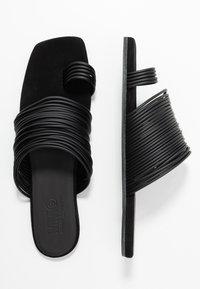 MM6 Maison Margiela - Flip Flops - black - 3