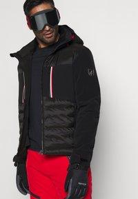 Toni Sailer - COLIN SPLENDID - Ski jacket - black - 4