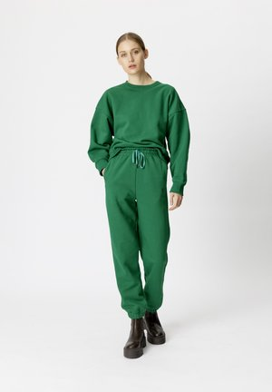 RUBI - Sweatshirt - green jacket