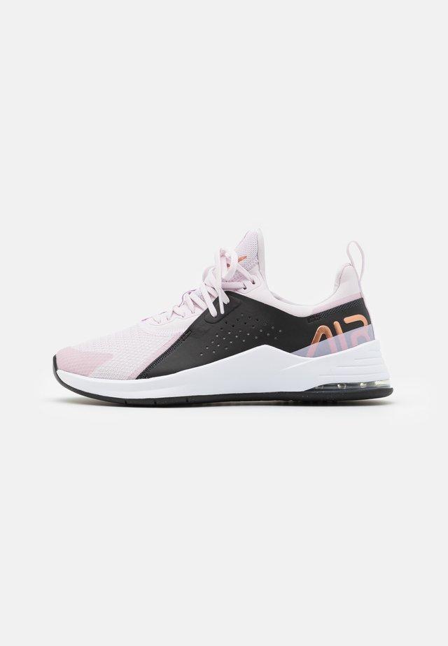 AIR MAX BELLA TR 3 - Sportovní boty - light violet/metallic copper/black/light arctic pink/white